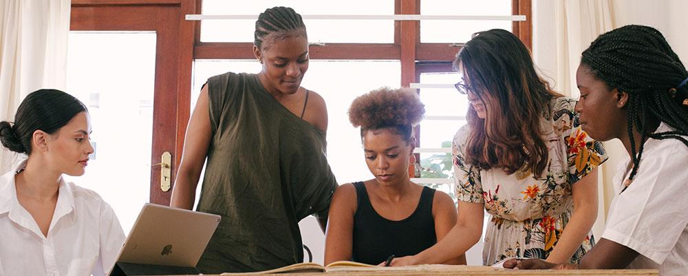 Statut Étudiant Entrepreneur - Aménagements - Espace de travail partagé - Coworking